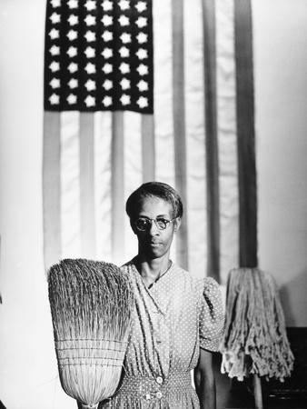 https://imgc.artprintimages.com/img/print/american-gothic-1942_u-l-pgnbds0.jpg?artPerspective=n
