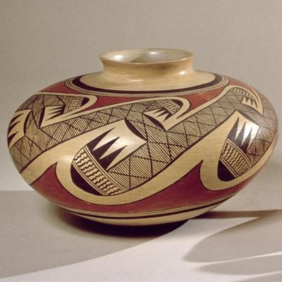 Hopi 'Bullware' Jar, from Arizona (Ceramic)
