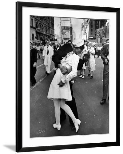 American Sailor Clutching a White-Uniformed Nurse in a Passionate Kiss in Times Square-Alfred Eisenstaedt-Framed Photographic Print