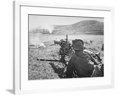 American Soldiers of the 2nd Infantry Division Fire .30 Cal. Machine Gun in the Attack on Yongsan--Framed Photographic Print