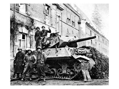 American Tank Destroyer at Stavelot; Second World War--Giclee Print
