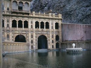 Monkey Temple, Near Jaipur, India by Ami Vitale