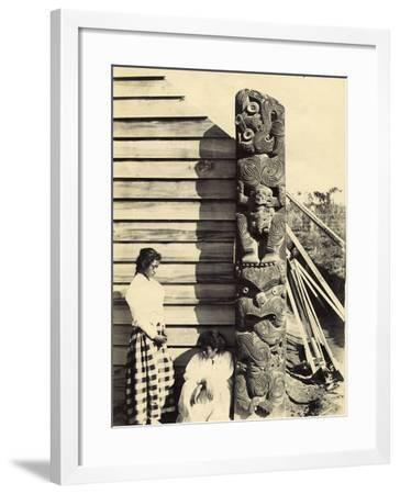 Amo, Rauru, C.1905--Framed Photographic Print