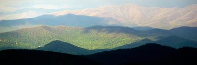 Early Morning Light on the Blue Ridge Mountains by Amy & Al White & Petteway