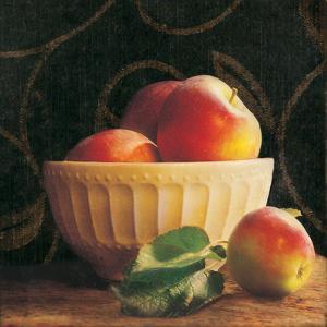 Frutta del Pranzo I by Amy Melious