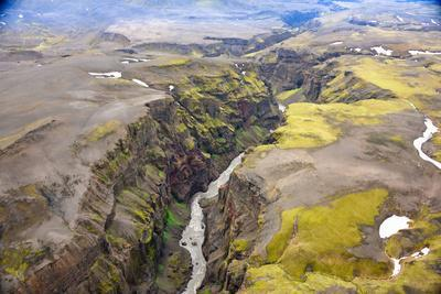 https://imgc.artprintimages.com/img/print/an-aerial-view-of-a-canyon-in-the-interior-of-southern-iceland_u-l-q12wthb0.jpg?p=0