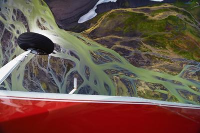https://imgc.artprintimages.com/img/print/an-aerial-view-of-streams-of-glacier-runoff-known-as-lahar-in-of-southern-iceland_u-l-q12wxmk0.jpg?p=0