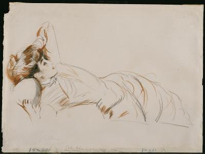 An Elegant Lady Reclining-Paul Cesar Helleu-Giclee Print