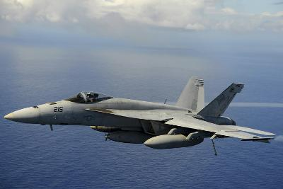 An F-A-18E Super Hornet over the Pacific Ocean--Photographic Print