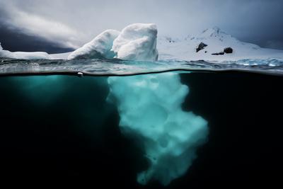 An Iceberg Off the Antarctic Peninsula-David Doubilet-Photographic Print