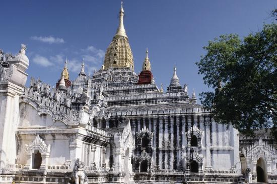 Ananda Temple, Bagan (Pagan), Myanmar (Burma), 11th Century--Giclee Print