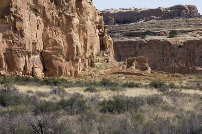 Anasazi/Ancestral Puebloan Ruins of Chetro Ketl in Chaco Canyon, New Mexico