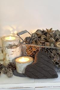 Autumnal Decoration with Hearts from Cord Material by Andrea Haase