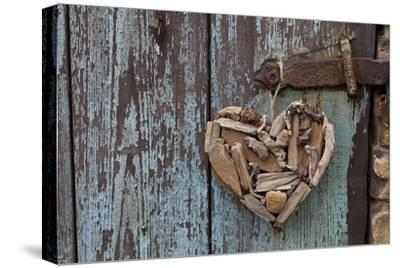 Heart Made of Driftwood, Wood, Door