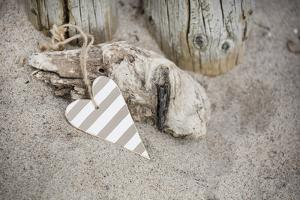 Heart, Tag, Wood, Beach, Symbol, Love by Andrea Haase