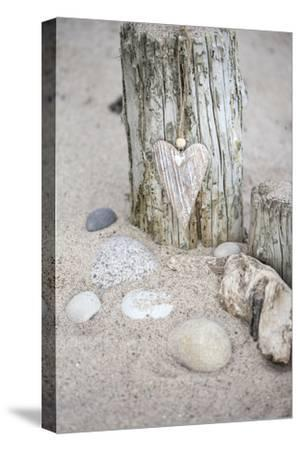 Heart, Tag, Wooden Pole, Stones, Beach, Symbol, Love