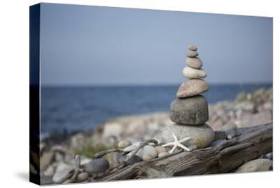 Stone Tower, Sea, Beach, Starfish
