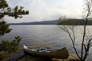 Canoe tour, Lelång Lake, Dalsland, Sweden by Andrea Lang