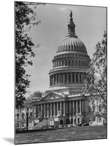 US Capitol Building by Andreas Feininger