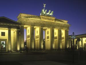 Germany, Berlin, Mitte, Pariser Platz, the Brandenburg Gate, Early Classicism, Dusk by Andreas Keil