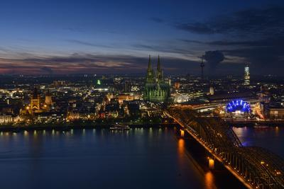 Germany, North Rhine-Westphalia, View of Cologne at Night
