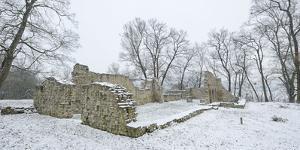 Germany, Saxony-Anhalt, Saale-Holzland-Kreis, Camburg, Ruin of the Cyriaks Church in Winter by Andreas Vitting