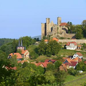 Germany, Thuringia, Eichsfeld (Region), Rimbach (District) and Castle Hanstein by Andreas Vitting