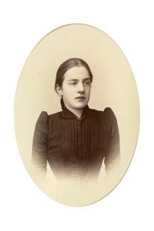 Alexandra Treugut, C1888-C1892