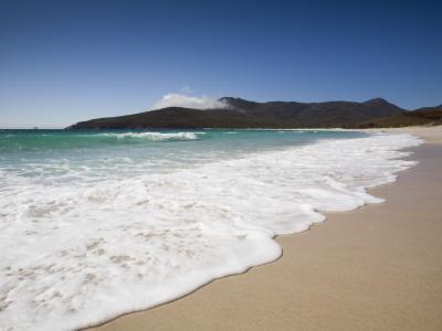Australia, Tasmania, Freycinet National Park; Wineglass Bay