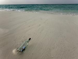 Message in a Bottle on a Tropical Beach, Kuramathi Island, Ari Atoll, Maldives, Indian Ocean, Asia by Angelo Cavalli