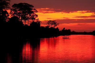 Angkor Sunset I-Erin Berzel-Photographic Print
