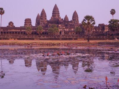 https://imgc.artprintimages.com/img/print/angkor-wat-angkor-unesco-world-heritage-site-siem-reap-cambodia-indochina-southeast-asia-asia_u-l-p2lrfb0.jpg?p=0