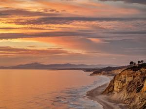 USA, California, La Jolla, Sunset over Black's Beach and Coast to the North by Ann Collins