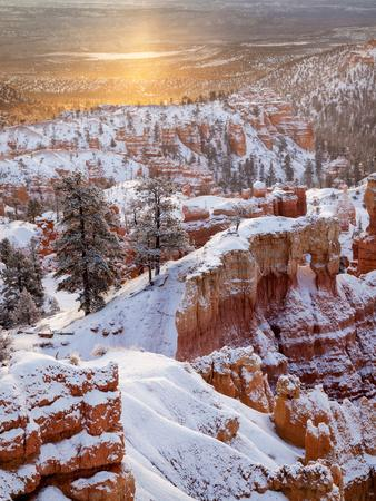 USA, Utah, Bryce Canyon National Park, Sunrise from Sunrise Point after Fresh Snowfall