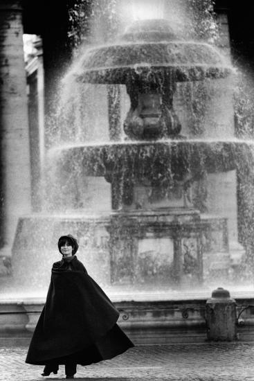 Anna Maria Guarnieri in Front of a Fountain--Photographic Print