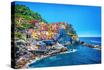 Beautiful Colorful Cityscape on the Mountains over Mediterranean Sea, Europe, Cinque Terre, Traditi
