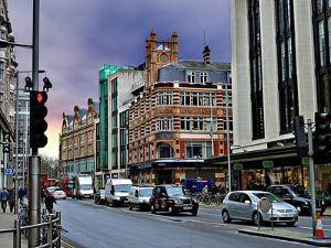 Natwest Bank on Kensington, London by Anna Siena