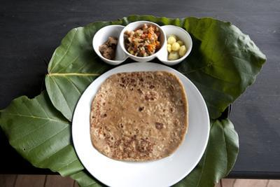 Burmese Lunch of Chapati with Beef Curry, Southern Shan State