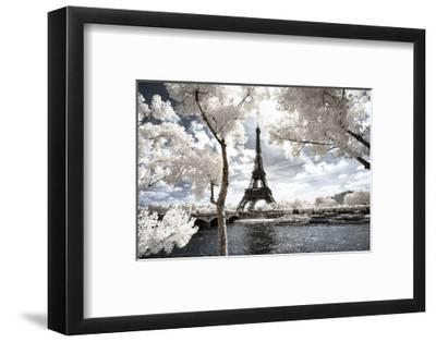 Another Look at Paris-Philippe Hugonnard-Framed Photographic Print