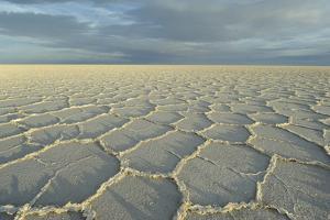 Salar de Uyuni, Bolivia. largest salt flat in world, in Uyuni, Bolivia. by Anthony Asael
