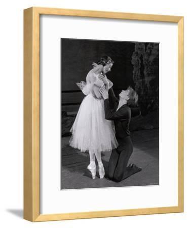 Rudolf Nureyev and Margot Fonteyn in Giselle, England