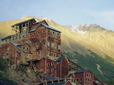 Old Copper Mine Buildings, Preserved National Historic Site, Kennecott, Alaska, USA