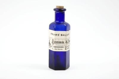 https://imgc.artprintimages.com/img/print/antique-pharmacy-bottle_u-l-pzfmnq0.jpg?p=0