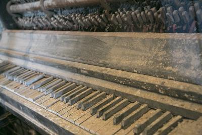 Antique Piano, Ellis Island, New York, New York. Usa-Julien McRoberts-Photographic Print