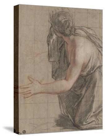 Femme drapée agenouillée, se retournant en ouvrant les bras
