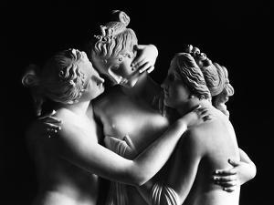 The Three Graces, Gallery of the Hermitage, Saint Petersburg by Antonio Canova