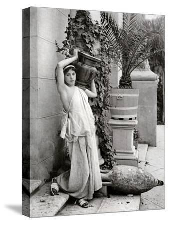A Young Woman Carrying a Roman Vase on Her Shoulder, 1902-1903