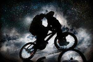 Friends under the Milky Way by Antonio Grambone