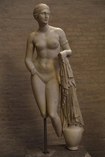 Aphrodite of Cnidus. Roman Statue. 1st Century BC--Giclee Print