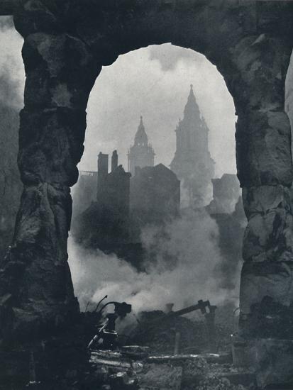 'Apocalypse', 1941-Cecil Beaton-Photographic Print